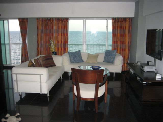 Comprar Apartamento amueblado en Santo Domingo con vista al mar
