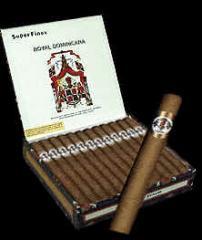 Cigarros Royal Dominicana